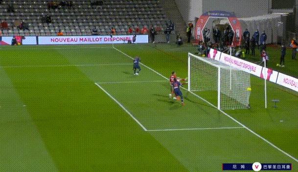 法甲积分榜:巴黎圣日耳曼4-0尼姆,巴黎领跑积分榜!(附全场录像)