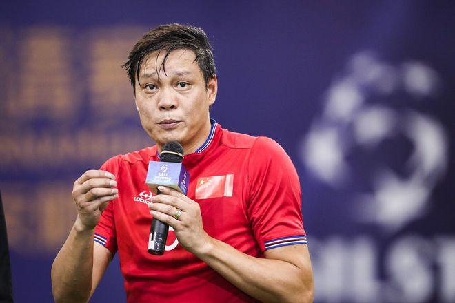 范志毅:张恩华才几岁啊就这样没了 转个身人就没了