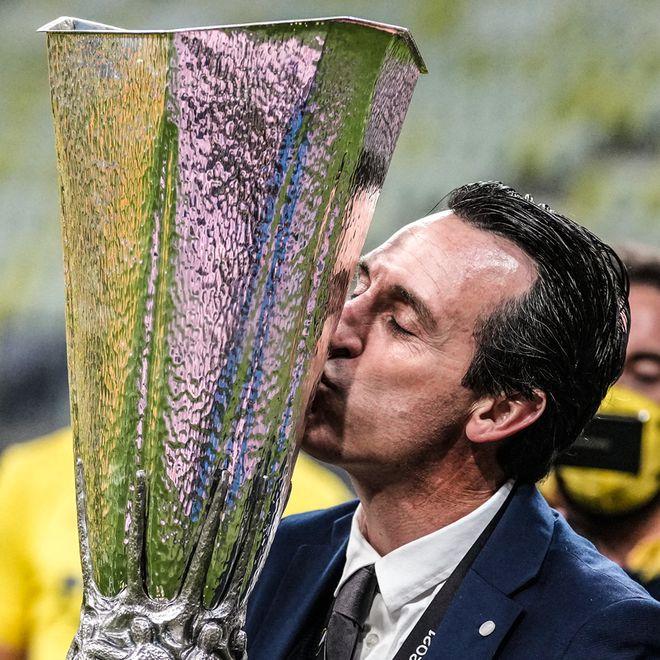 5进决赛 4夺冠军!埃梅里成史上第一人 欧联永远的神