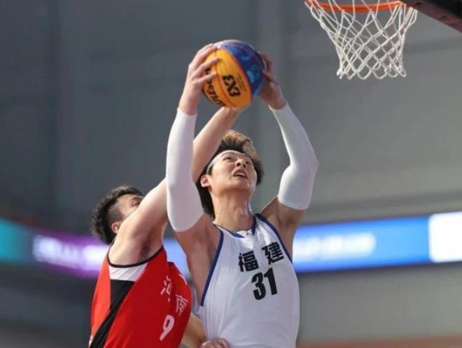陈林坚备战全运三人篮球 王哲林:这次目标是卫冕