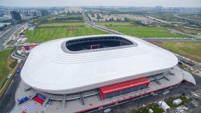 专业球场来了!海港新主场上汽浦东足球场建成 看着就很爽