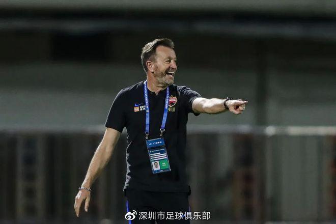 深圳主帅:郜林是名伟大的球员 目标不变争赛区前4