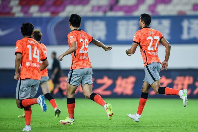 中超-卡尔德克点杀难救主 沧州2-1深圳近5轮首胜
