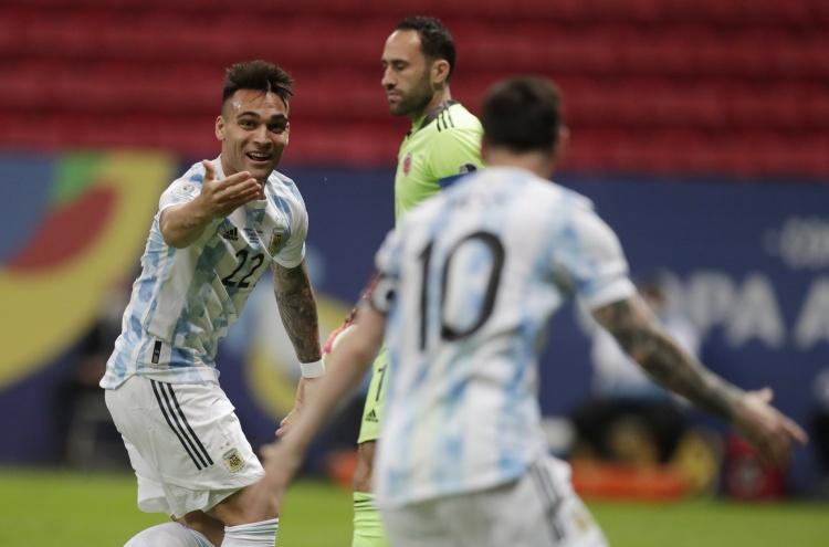 劳塔罗:梅西是所有人的榜样,我们要享受他踢球的时光