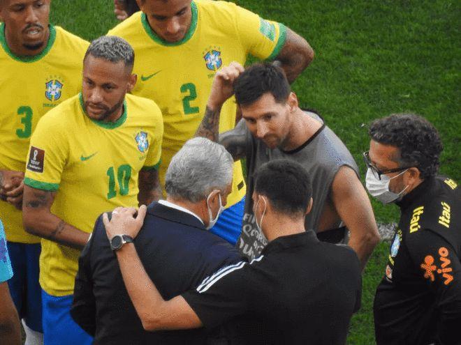 世预赛巴西战阿根廷开场10分钟被叫停 违反防疫规定