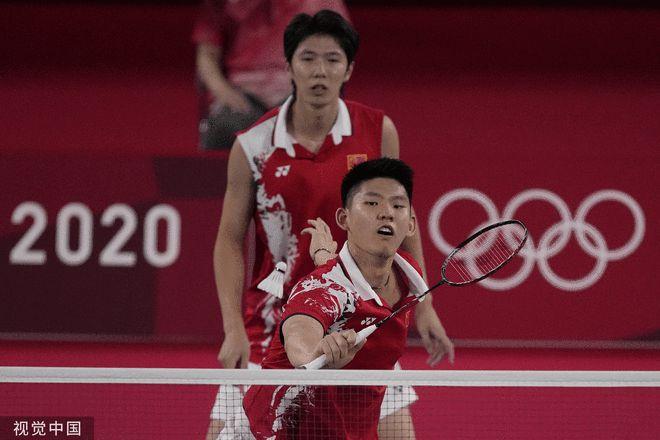 男双李俊慧/刘雨辰2-0夺两连胜 与日本争小组头名
