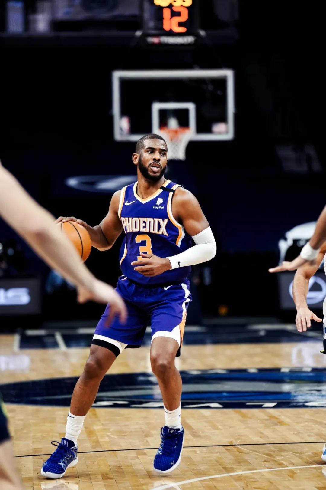 NBA常规赛直播:湖人VS太阳视频直播,全场录像回放