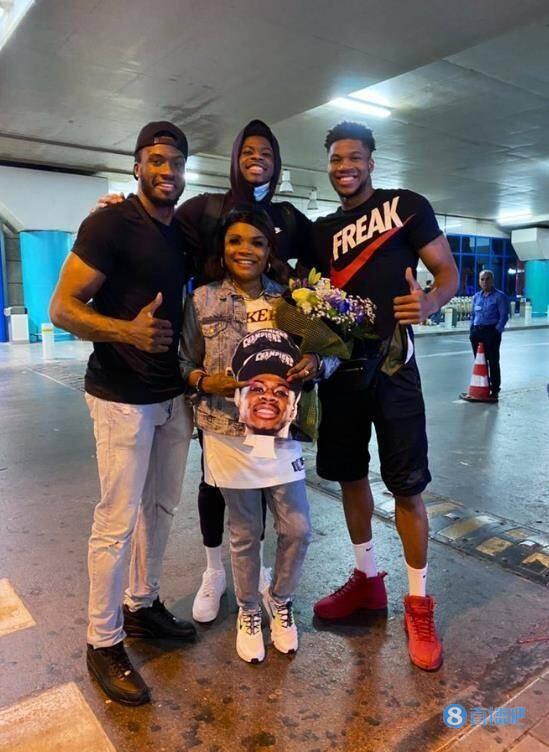 字母家族!NBA历史上首次出现三兄弟都获得总冠军