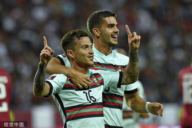 世预赛-若塔造点B费破门 葡萄牙3-1胜9人卡塔尔