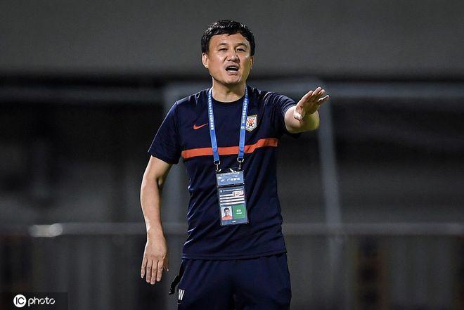 郝伟:队员发挥很好也尽力了 未来只要进球就能取胜
