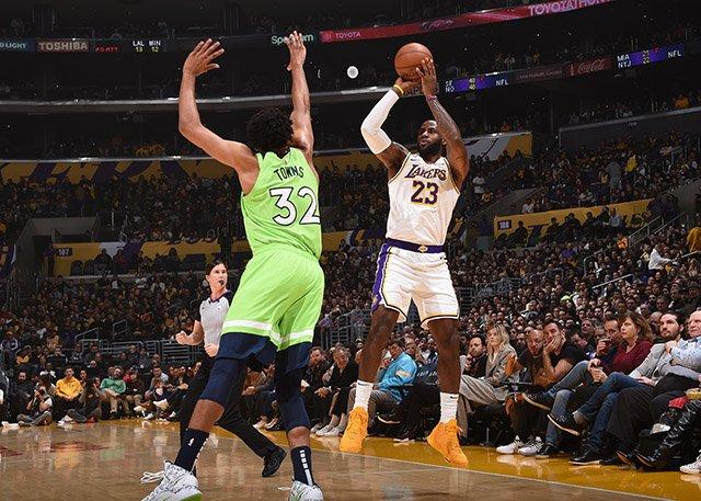 竞彩篮球分析推荐:NBA湖人vs魔术免费视频直播地址