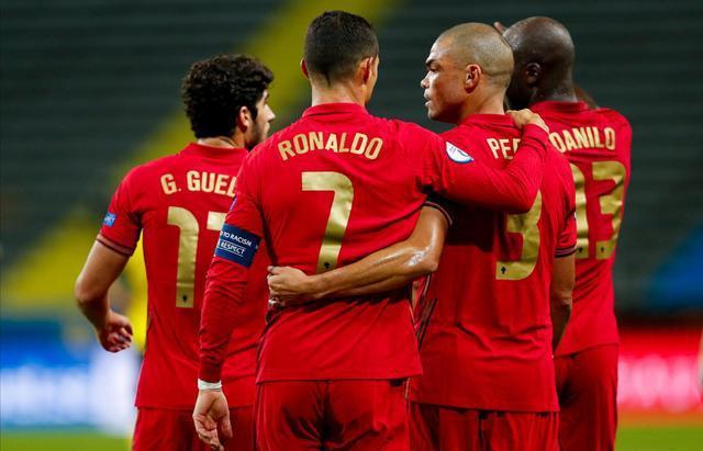 佩佩:C罗是葡萄牙1000万人民的队长!他就是史上最佳