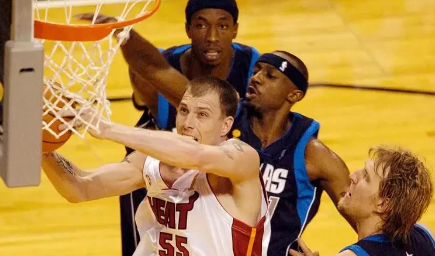 NBA传奇从傲慢华丽到成熟稳定白色巧克力的NBA夺冠之路
