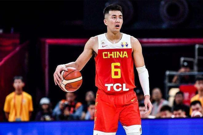 郭艾伦:落选赛对手很强 相信队友能打出中国精神