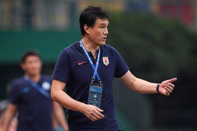 郝伟:遗憾有很多球员受伤了 可能会影响国家队备战