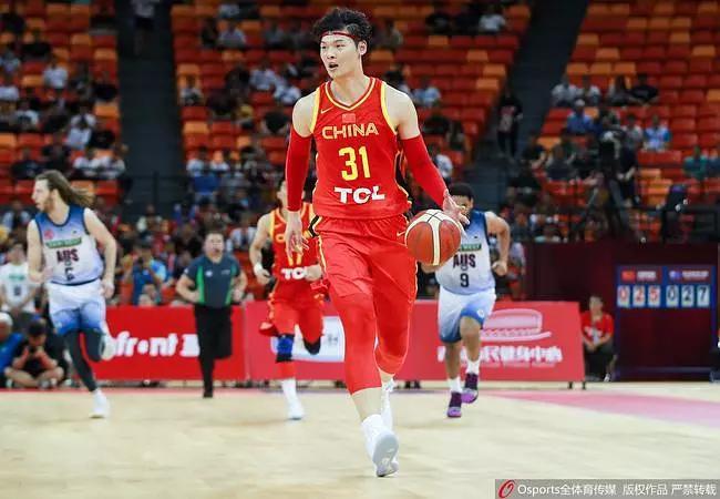 2019中澳男篮对抗赛:中国男篮89-77澳大利亚 获热身赛首胜