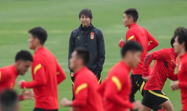 解密:李铁续约五年意在亚洲杯 长约并非是护身符